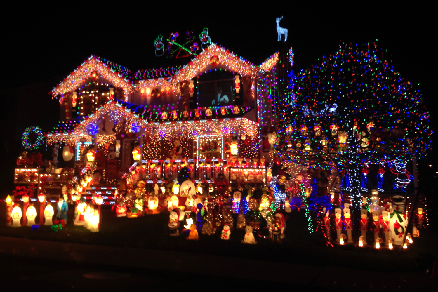 Outside Christmas Lights Light Your Way To More Work Wolf Creek Company